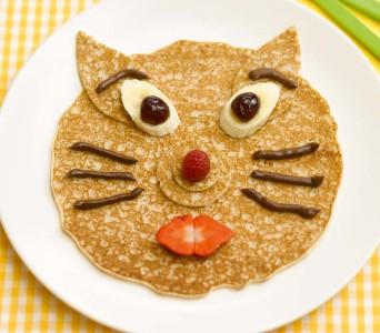 silly face pancake